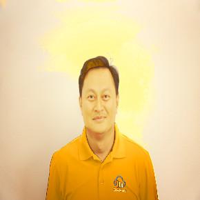 Yen Nguyen photo manipulated by Cloudinary